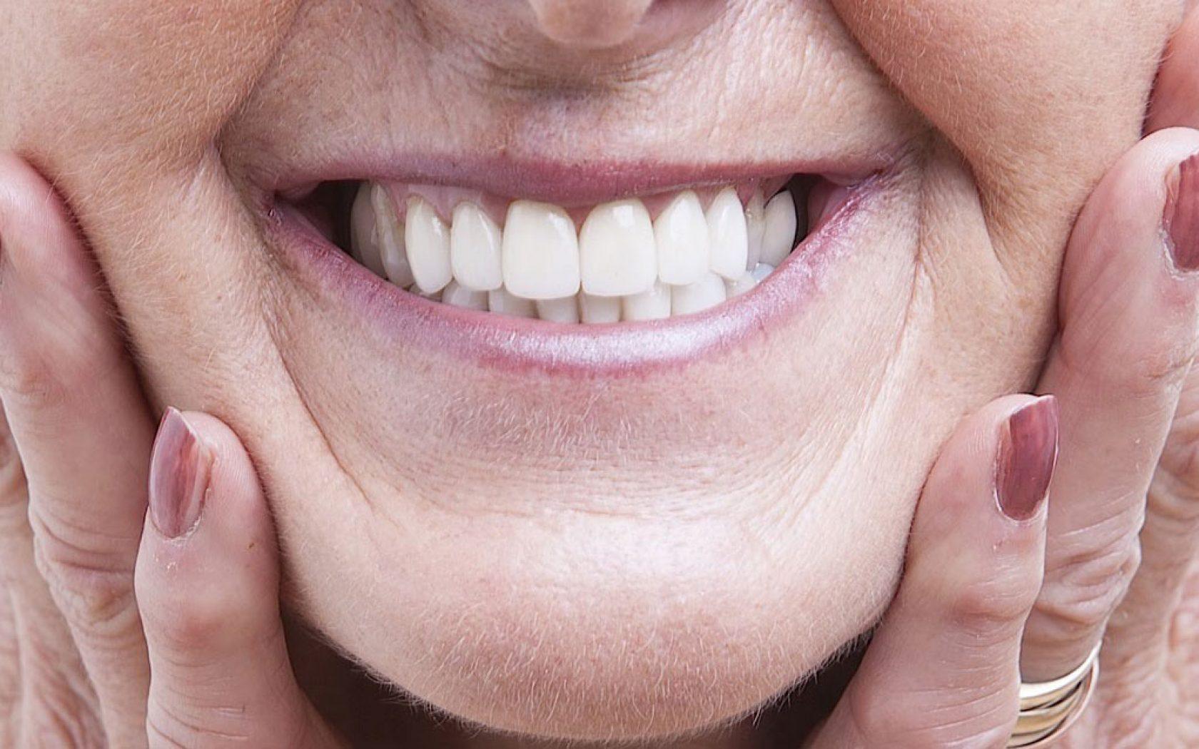 Σας λείπουν δόντια; Τί πρέπει να γνωρίζετε για την αποκατάστασή τους