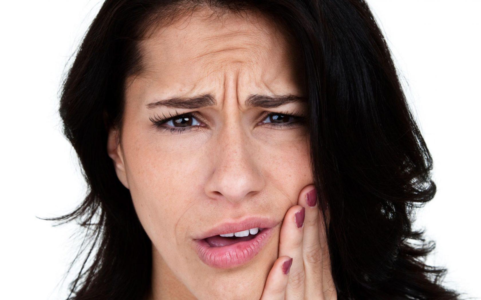 Πονοκέφαλος ως αιτία κροταφογναθικής