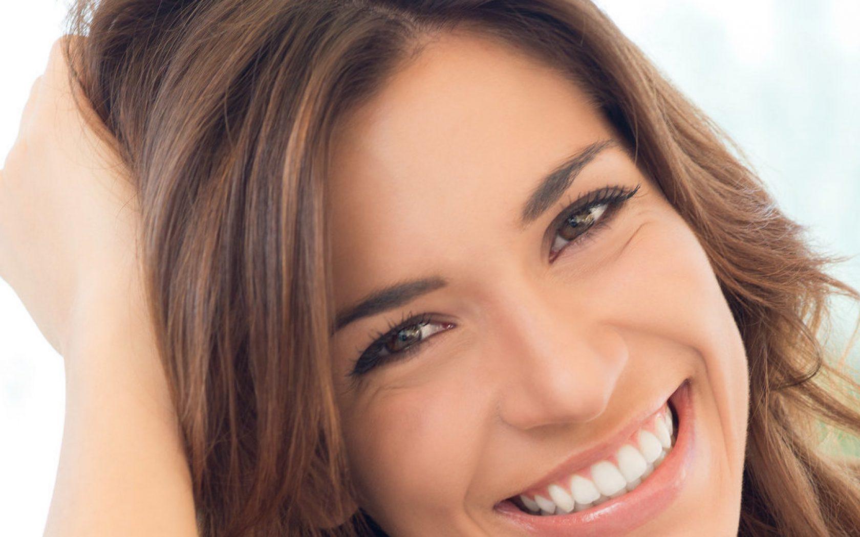 Κερδίστε τη νεότητα σας από το χαμόγελο σας