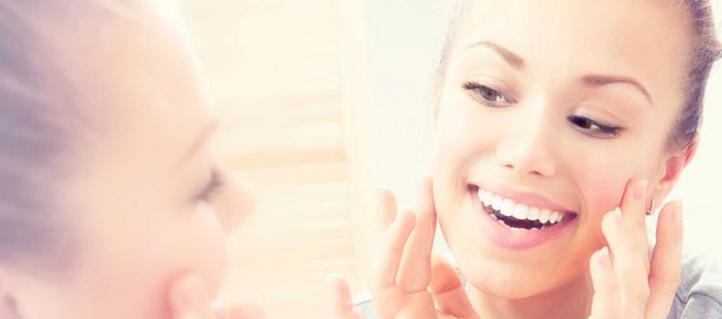Πώς να αποκτήσετε πιο λευκό χαμόγελο ανά ηλικία
